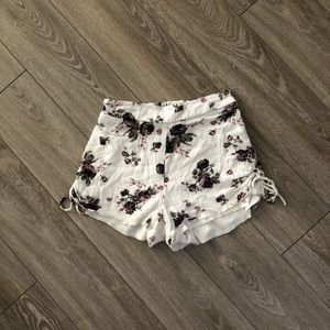 Charlotte Russe White and Purple Floral Shorts XS